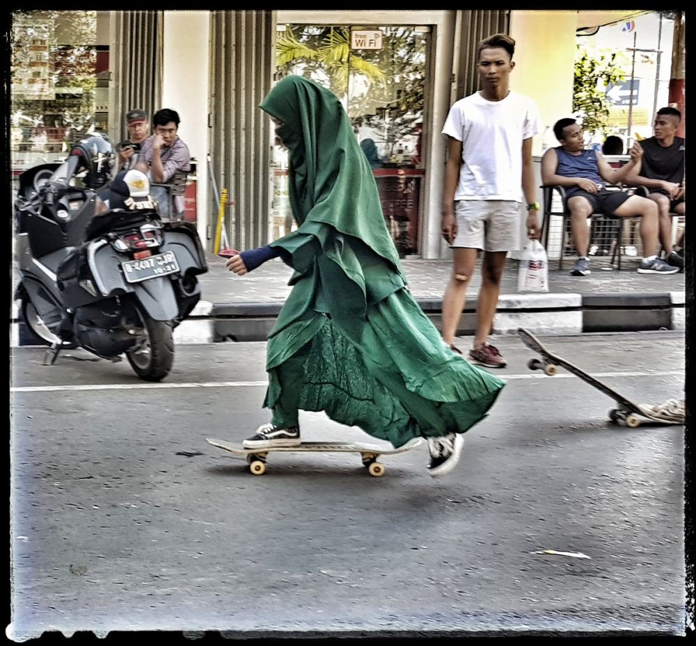 Dear Sobatku Muslimah Bercadar, Kalian Tuh Wanita Penyabar dan Layak Dihormati