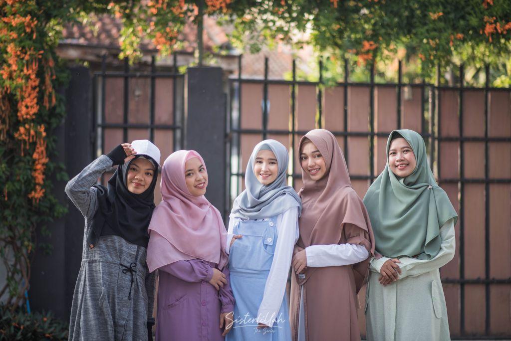 Perempuan dalam Islam: Dulu, Kini, Esok dan Nanti